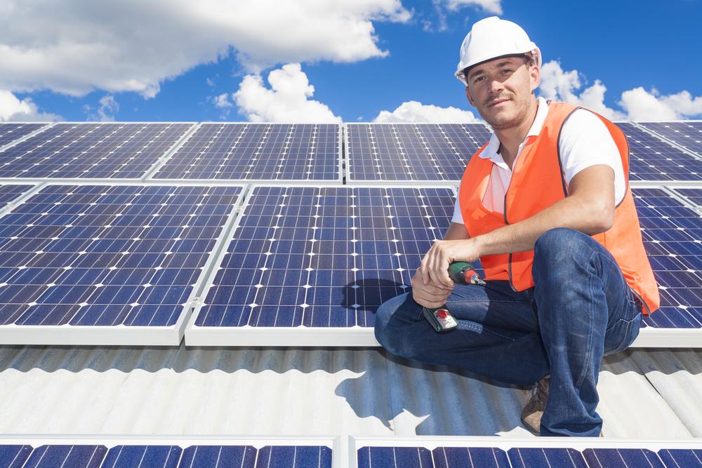 מערכות סולאריות על הגג